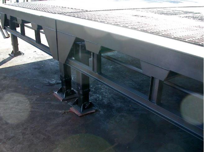 Portable forklift ramp